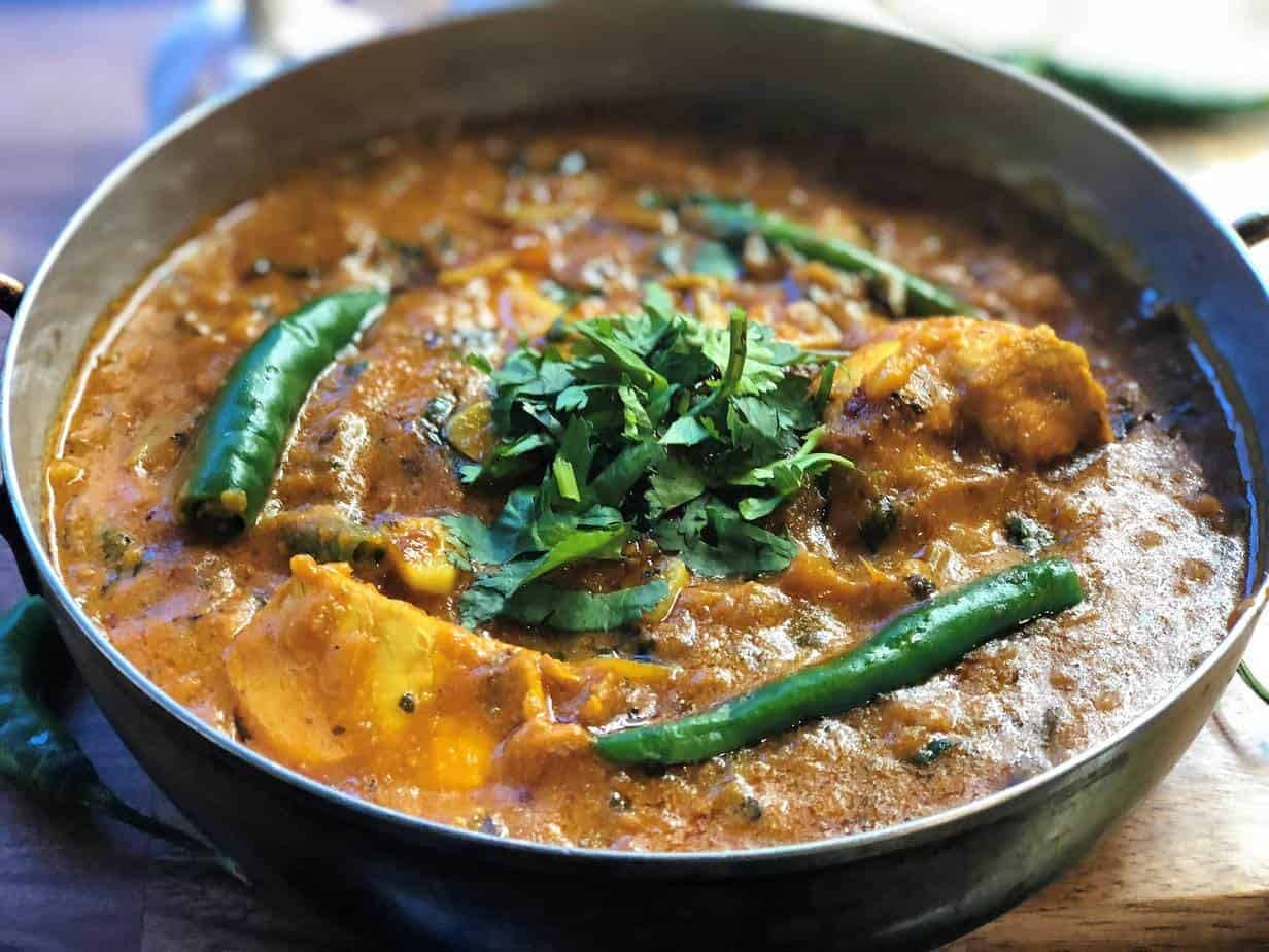 Garlic Chilli Chicken Curry
