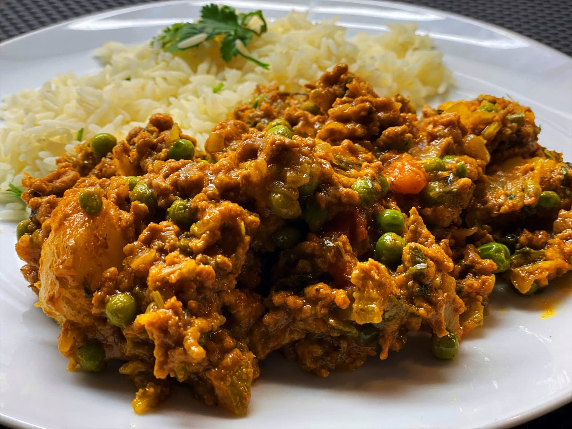 Aloo Keema Matar (Potatoes, Mince & Peas Curry)